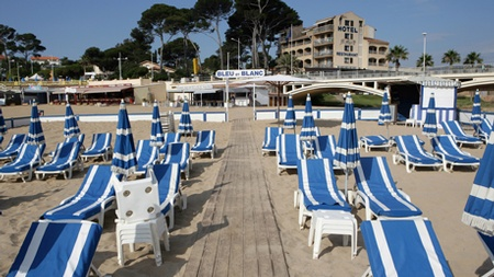 Beach Club Bleu & Blanc